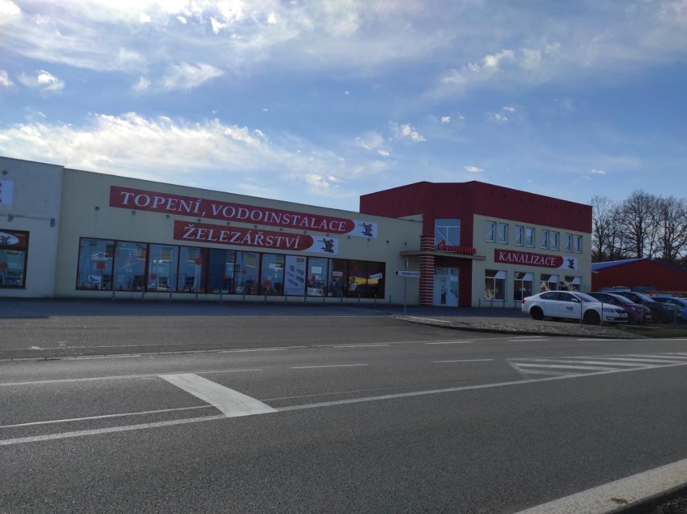 Ocentrum Husinec